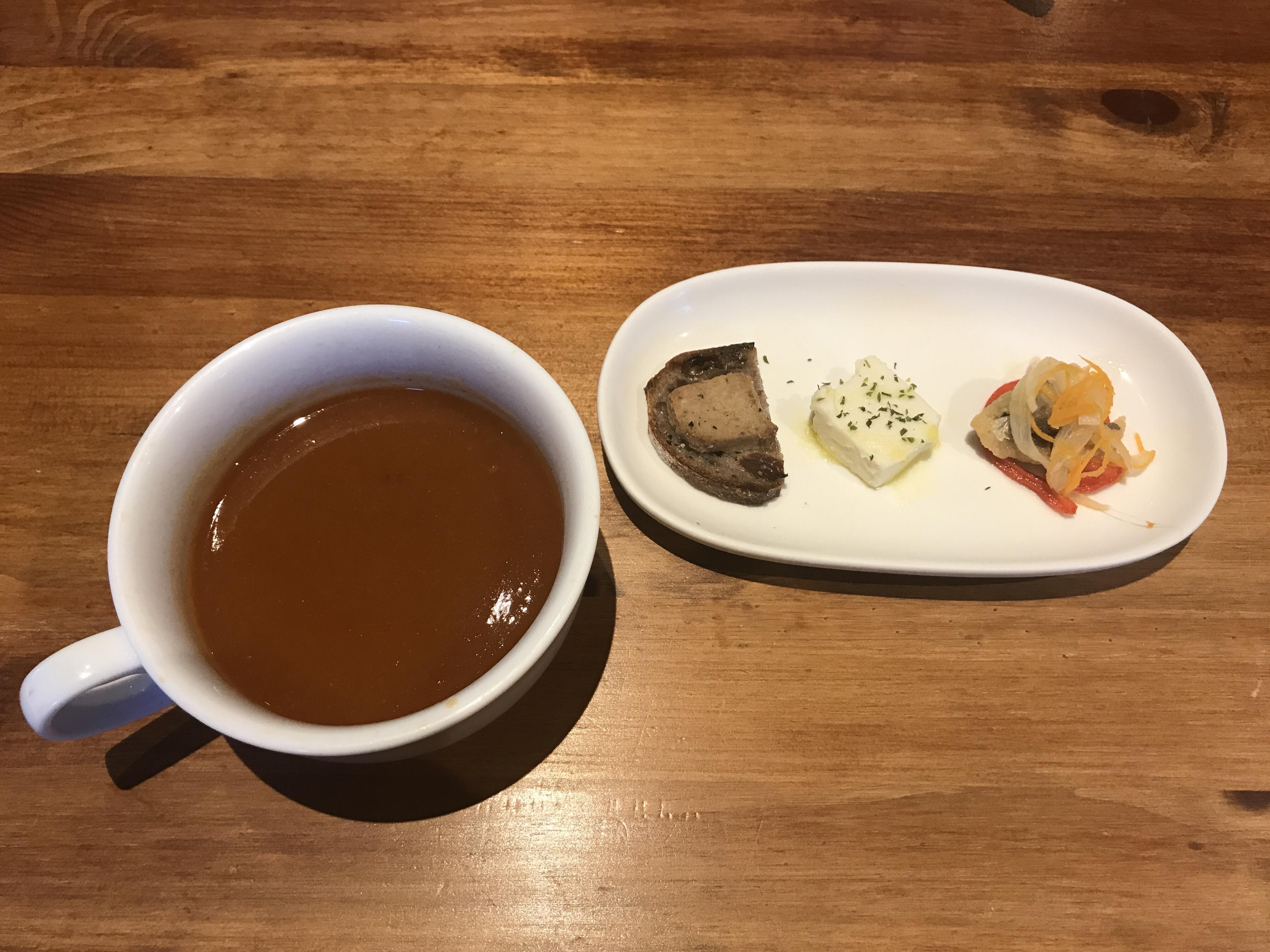 森の茶屋糧スープと前菜