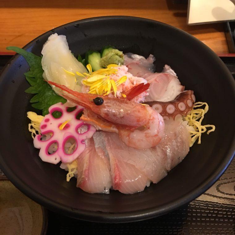 みのり家海鮮丼2