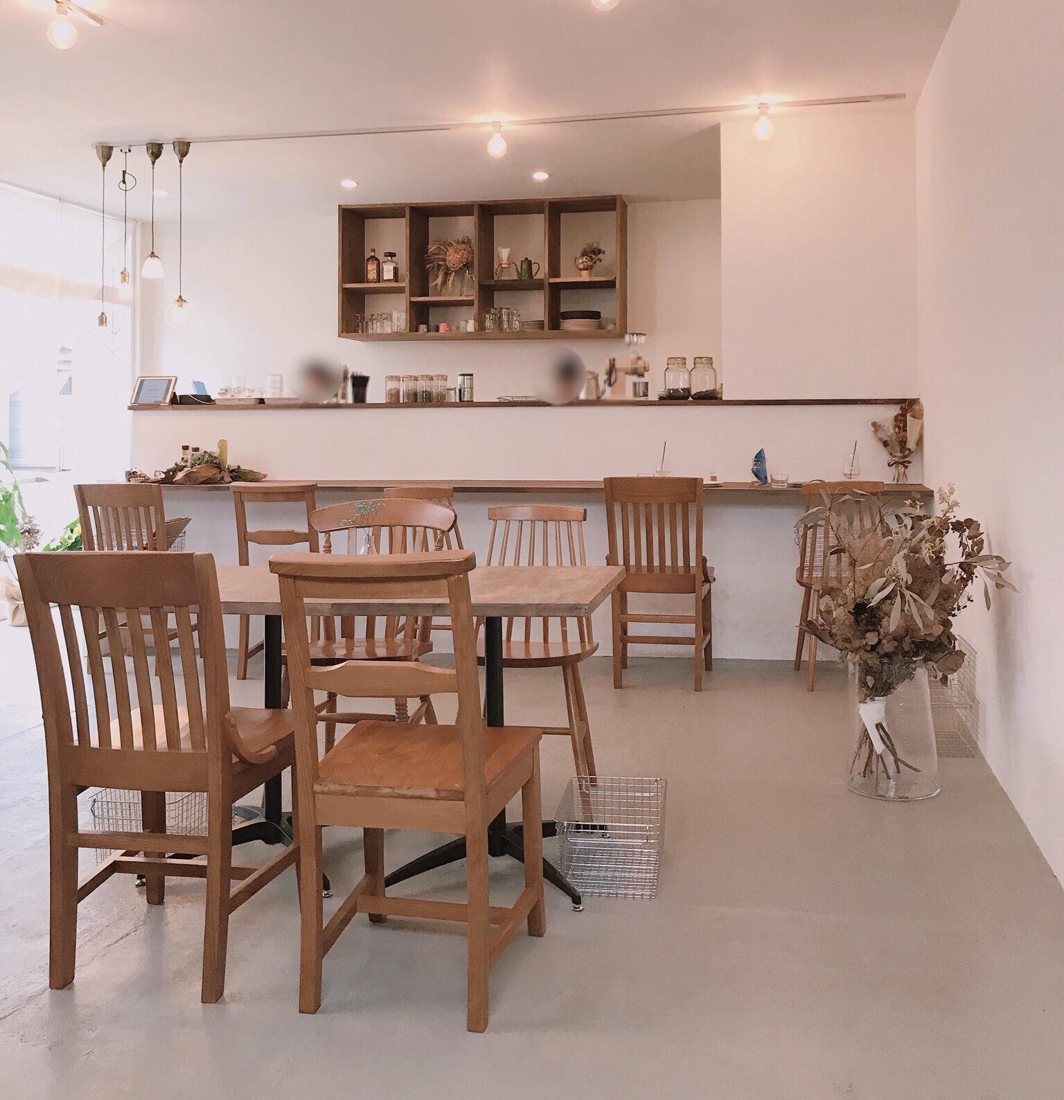 cafe amitie店内1